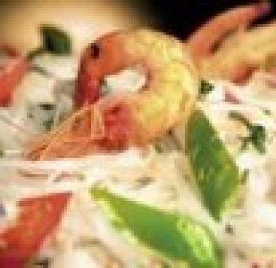 Оризова салата със скариди