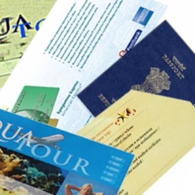 Печатни изделия - Травел пакове биговани, с джоб за автобусен, самолетен билет и/или фирмена брошура