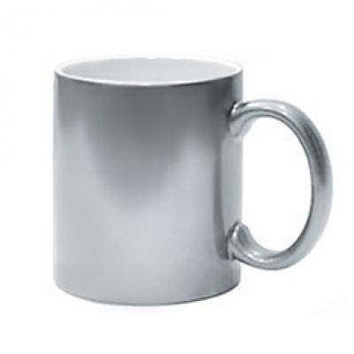 Чаши - златна и сребърна
